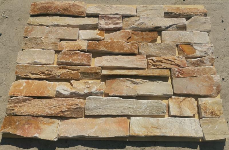 Parement en pierre quartzite