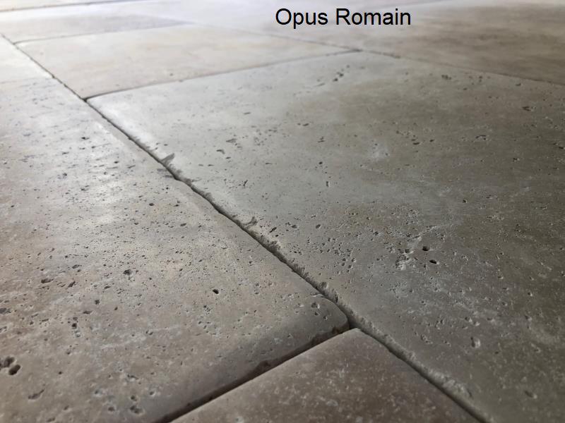 Travertin en Opus Romain bombé patiné