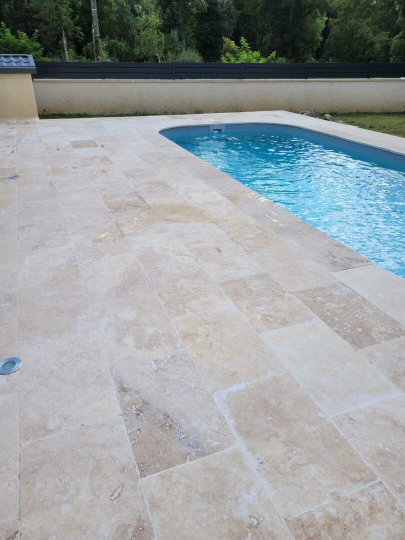 Travertin extérieur pour piscine et terrasse