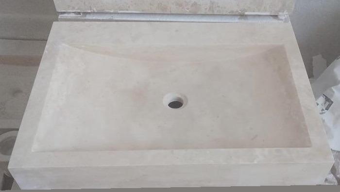 Vasque pierre clair